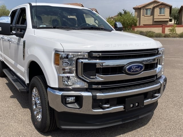 2020 Ford F-250 Crew Cab 4x4, Pickup #LEE22827 - photo 3