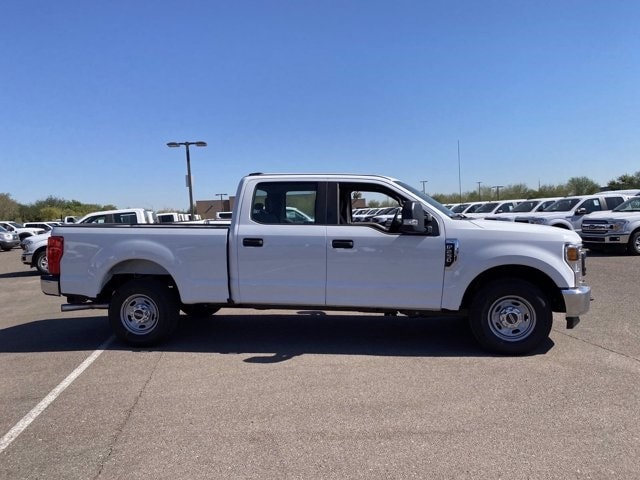 2020 Ford F-250 Crew Cab 4x2, Pickup #LEE48752 - photo 4