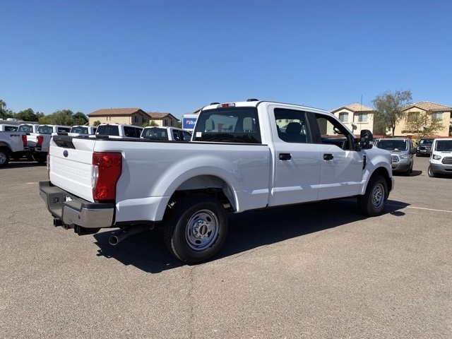 2020 Ford F-250 Crew Cab 4x2, Pickup #LEE48753 - photo 2