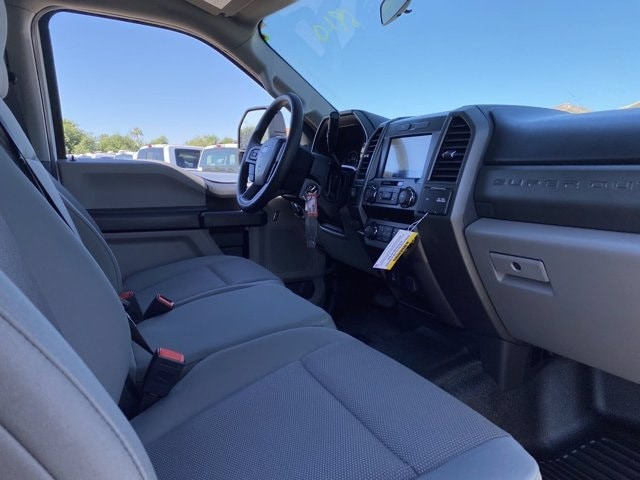 2020 Ford F-250 Crew Cab 4x2, Pickup #LEE48754 - photo 10