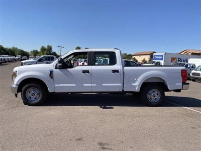 2020 Ford F-250 Crew Cab 4x2, Pickup #LEE48755 - photo 5