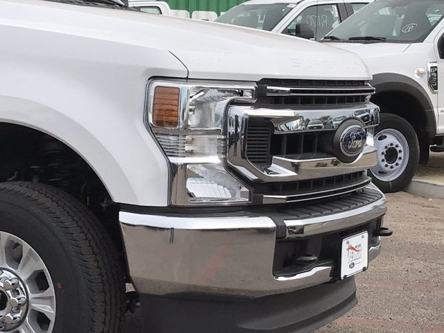 2020 Ford F-250 Crew Cab 4x4, Pickup #LEE48765 - photo 3