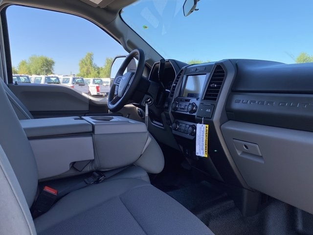 2020 Ford F-350 Crew Cab 4x4, Pickup #LEE48769 - photo 10