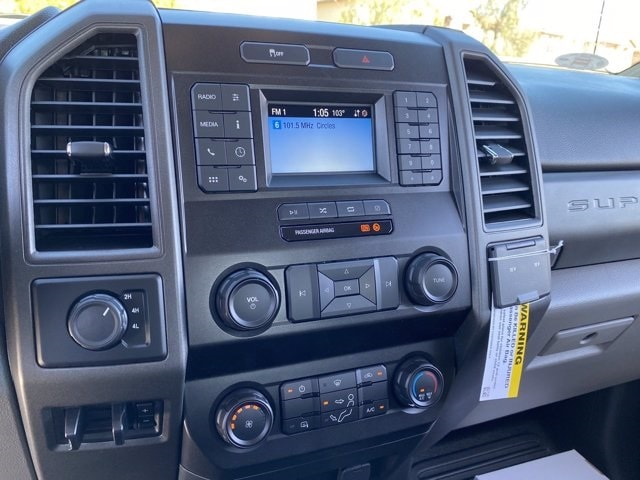 2020 Ford F-550 Crew Cab DRW 4x2, Cab Chassis #LEE87316 - photo 17