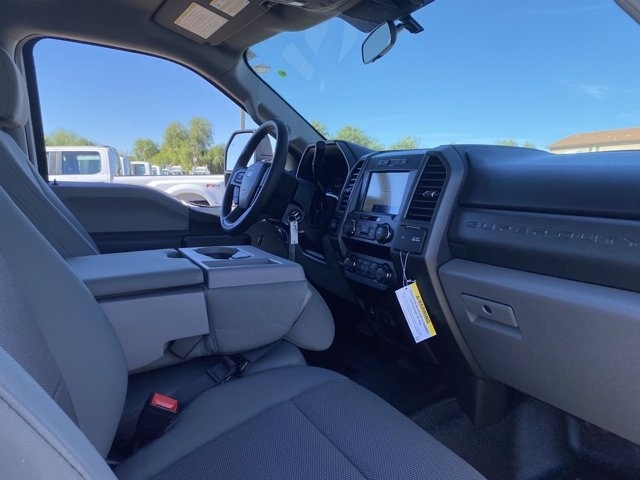 2020 Ford F-450 Crew Cab DRW 4x4, Pickup #LEE88514 - photo 10