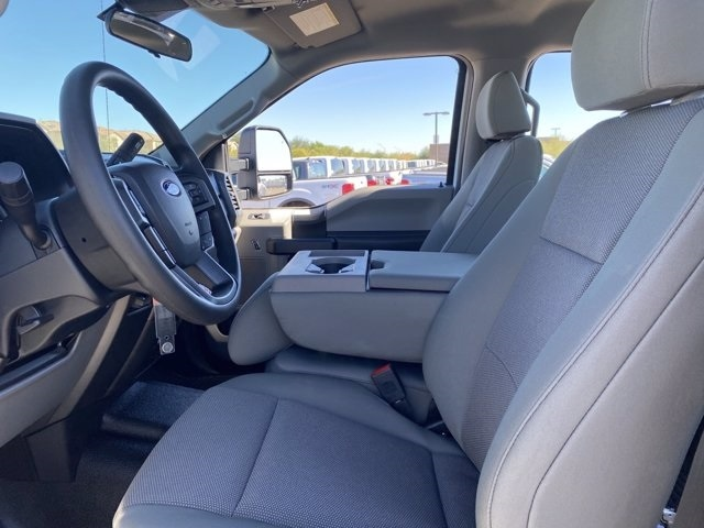 2020 Ford F-450 Crew Cab DRW 4x4, Pickup #LEE88517 - photo 16