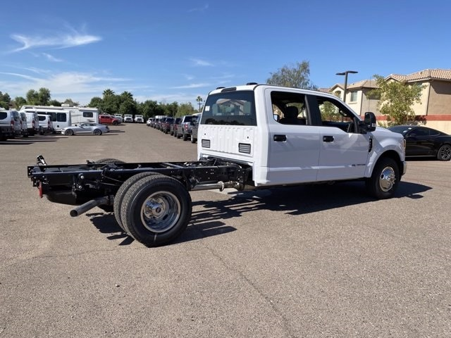 2020 Ford F-350 Crew Cab DRW 4x2, Cab Chassis #LEE89535 - photo 2