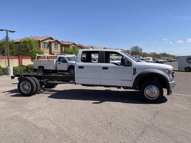 2021 Ford F-450 Crew Cab DRW 4x2, Cab Chassis #MED06619 - photo 4