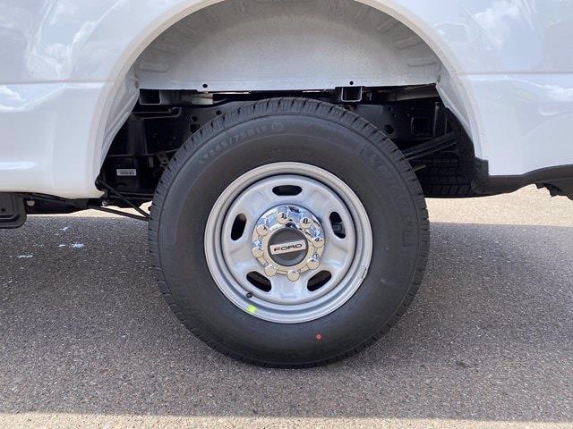 2021 Ford F-250 Crew Cab 4x2, Pickup #MED07648 - photo 7