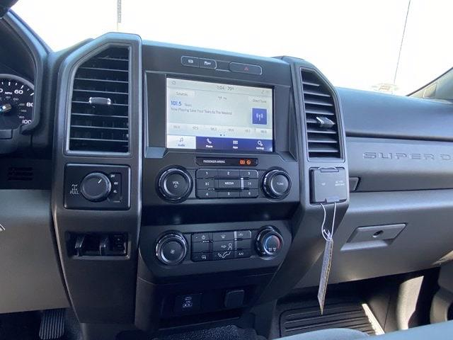 2021 Ford F-250 Crew Cab 4x4, Pickup #MED07659 - photo 18