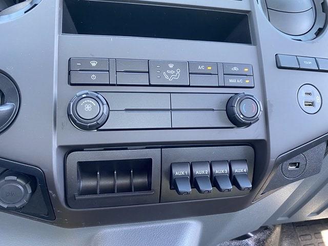 2022 Ford F-750 Regular Cab DRW 4x2, Cab Chassis #NDF00080 - photo 18