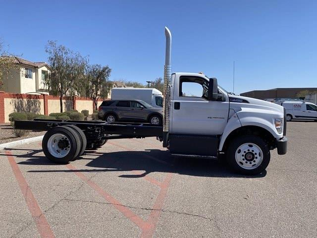 2022 Ford F-750 Regular Cab DRW 4x2, Cab Chassis #NDF00082 - photo 4