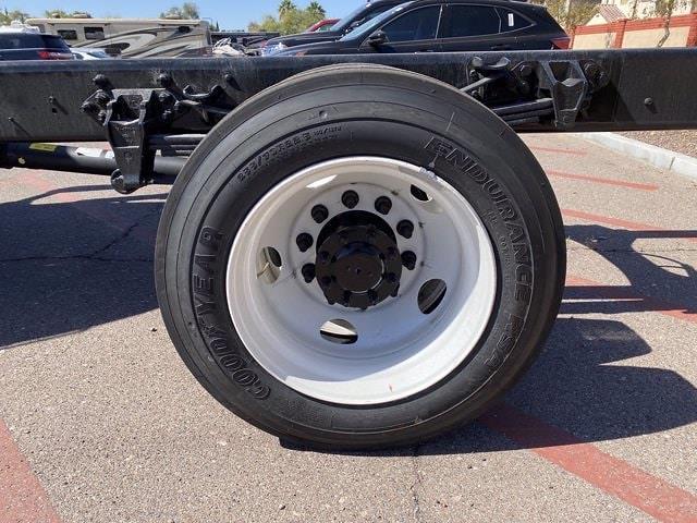 2022 Ford F-750 Regular Cab DRW 4x2, Cab Chassis #NDF00084 - photo 6