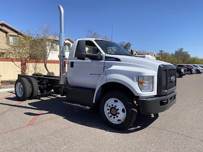 2022 Ford F-750 Regular Cab DRW 4x2, Cab Chassis #NDF00085 - photo 1