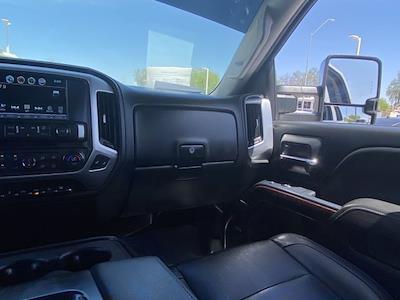 2018 GMC Sierra 2500 Crew Cab 4x4, Pickup #P09163F - photo 18