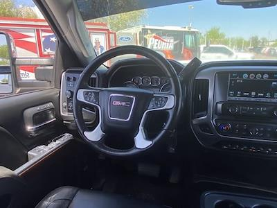 2018 GMC Sierra 2500 Crew Cab 4x4, Pickup #P09163F - photo 19