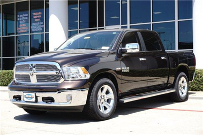 2017 Ram 1500 Crew Cab Pickup #17DC1749 - photo 3