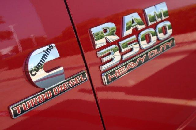2017 Ram 3500 Regular Cab DRW, Wrecker Body #17R3C5758 - photo 8