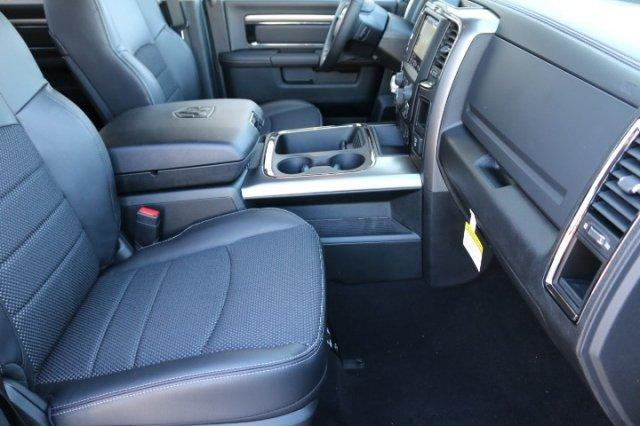 2018 Ram 1500 Crew Cab 4x4, Pickup #18DC0680 - photo 10