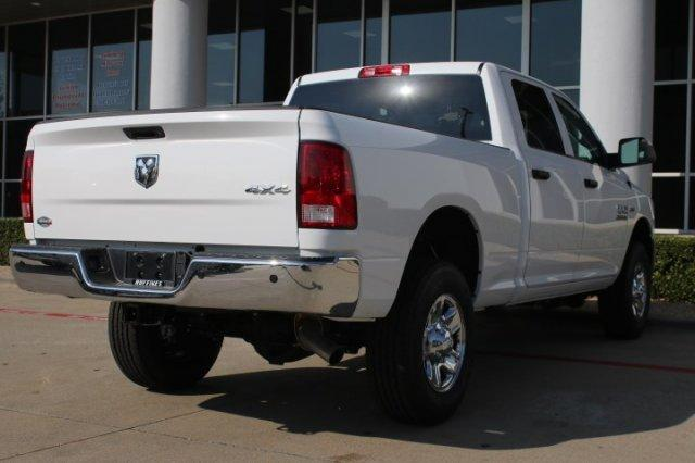 2018 Ram 2500 Crew Cab 4x4 Pickup #18DH0339 - photo 4