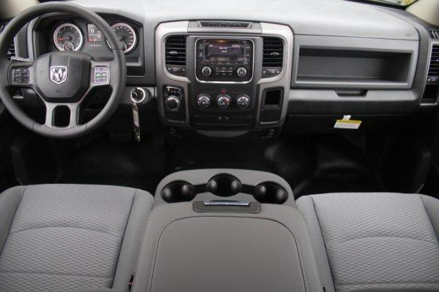 2018 Ram 1500 Quad Cab, Pickup #18DQ0547 - photo 19