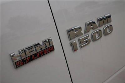 2018 Ram 1500 Quad Cab, Pickup #18DQ0547 - photo 8