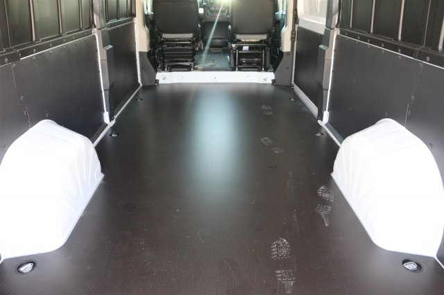 2018 ProMaster 2500 High Roof FWD,  Empty Cargo Van #18PM0923 - photo 2