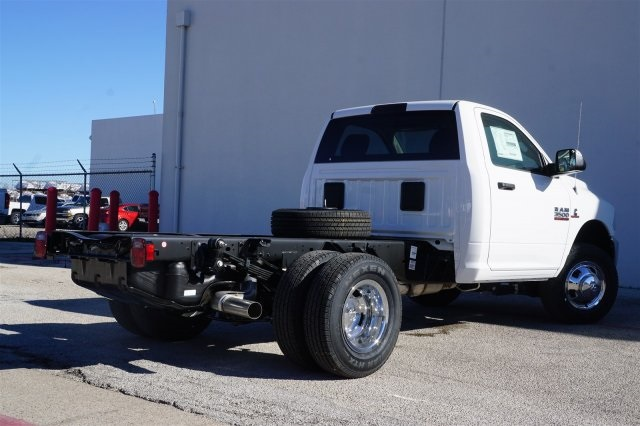 2018 Ram 3500 Regular Cab DRW 4x2,  Cab Chassis #18R3C1557 - photo 4