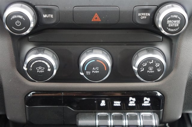 2019 Ram 1500 Crew Cab 4x2,  Pickup #19DC7491 - photo 15