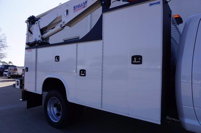 2020 Ram 5500 Regular Cab DRW 4x2, Mechanics Body #C0R5C1833 - photo 24