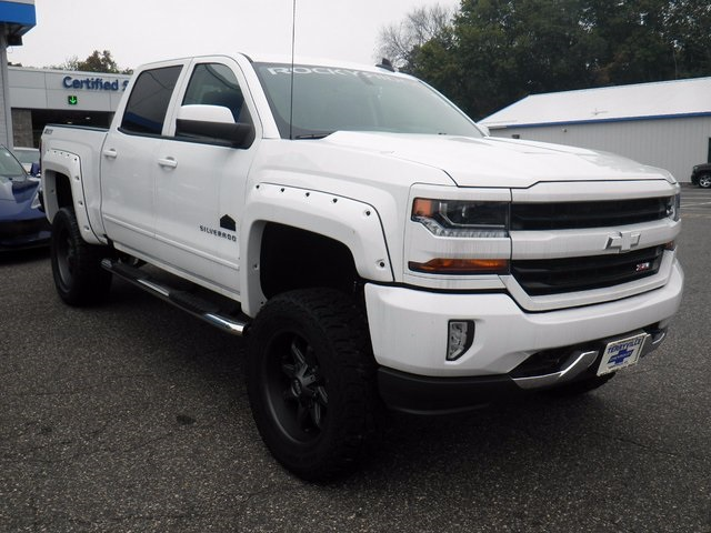2017 Silverado 1500 Crew Cab 4x4 Pickup #26633 - photo 3