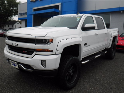 2017 Silverado 1500 Crew Cab 4x4 Pickup #26633 - photo 1