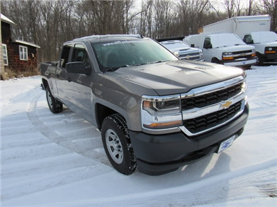 2017 Silverado 1500 Double Cab 4x4,  Pickup #26751 - photo 3