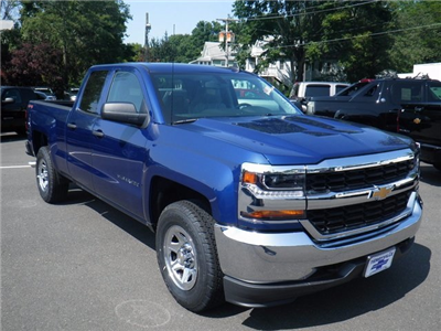 2017 Silverado 1500 Double Cab 4x4, Pickup #26791 - photo 3