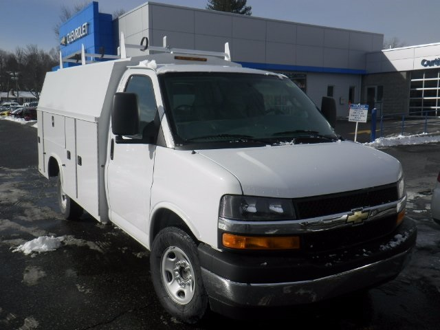 2017 Express 3500, Knapheide Service Utility Van #26876 - photo 6