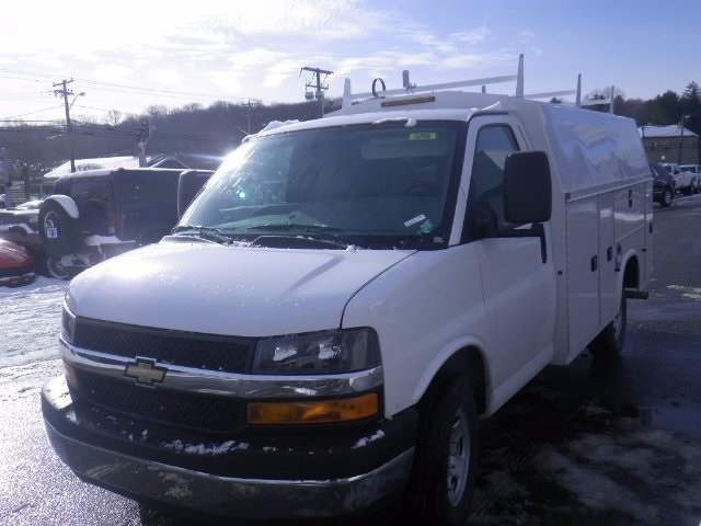 2017 Express 3500, Knapheide Service Utility Van #26876 - photo 3