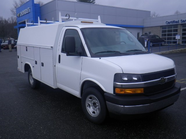 2017 Express 3500, Knapheide Service Utility Van #26909 - photo 3