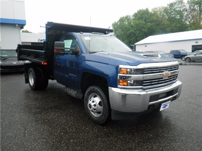 2017 Silverado 3500 Regular Cab 4x4 Dump Body #27226 - photo 3