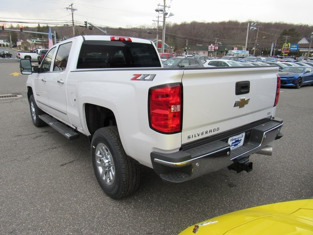 2018 Silverado 3500 Crew Cab 4x4, Pickup #27650 - photo 2