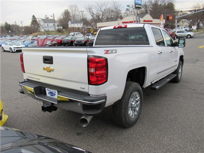 2018 Silverado 3500 Crew Cab 4x4, Pickup #27650 - photo 7