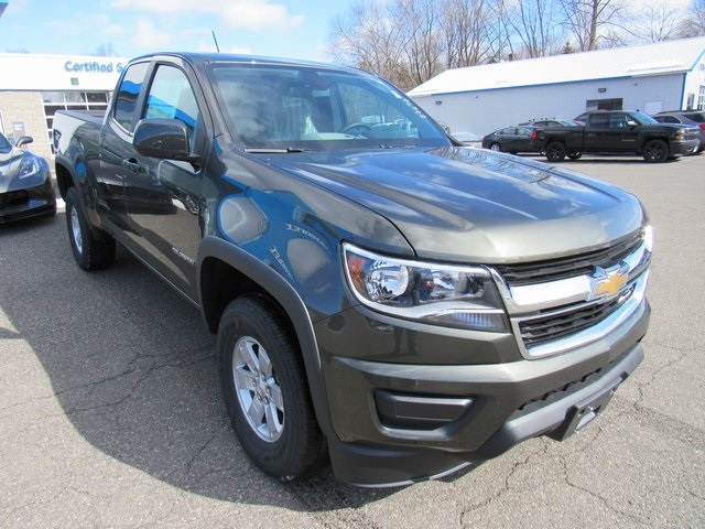 2018 Colorado Extended Cab 4x4, Pickup #27676 - photo 3