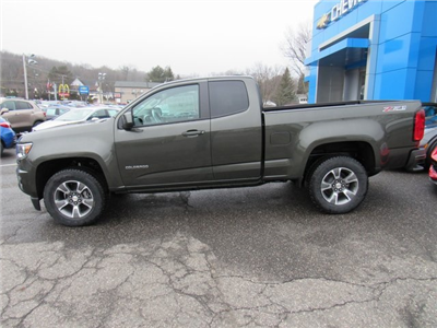 2018 Colorado Extended Cab 4x4, Pickup #27704 - photo 5