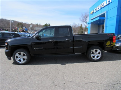 2018 Silverado 1500 Double Cab 4x4,  Pickup #27806 - photo 5