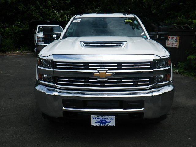 2018 Silverado 3500 Crew Cab DRW 4x4,  Magnum Platform Body #28000 - photo 3