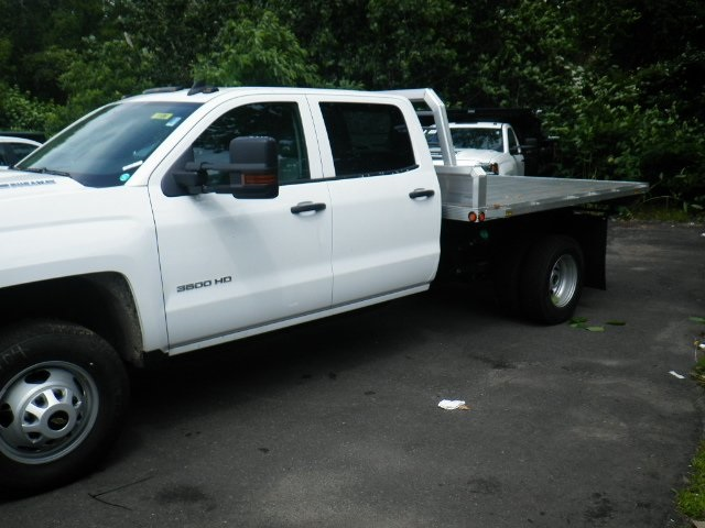 2018 Silverado 3500 Crew Cab DRW 4x4,  Magnum Platform Body #28000 - photo 4