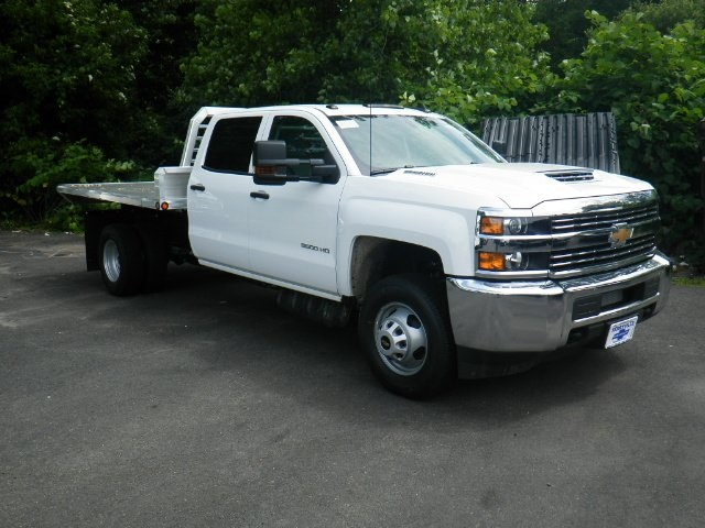 2018 Silverado 3500 Crew Cab DRW 4x4,  Magnum Platform Body #28000 - photo 7