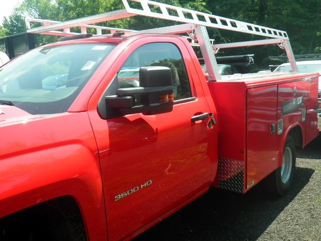 2018 Silverado 3500 Regular Cab DRW 4x4,  Reading Classic II Steel Service Body #28087 - photo 4