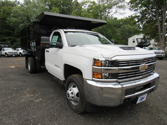 2018 Silverado 3500 Regular Cab DRW 4x4,  Reading Landscape Dump #28132 - photo 5