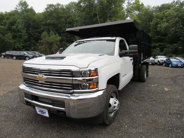 2018 Silverado 3500 Regular Cab DRW 4x4,  Reading Landscape Dump #28132 - photo 4