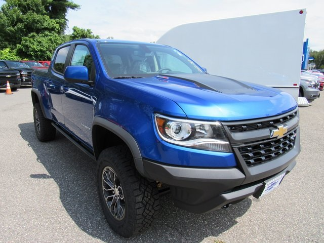 2018 Colorado Crew Cab 4x4,  Pickup #28133 - photo 3